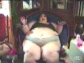 Fat Chick Clapping Legs
